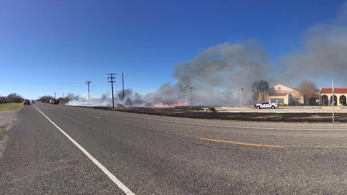 Crews Battle Grass Fire Near Memory Gardens Funeral Home | KiiiTV.com